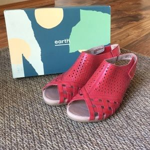 Earth brand sandals.